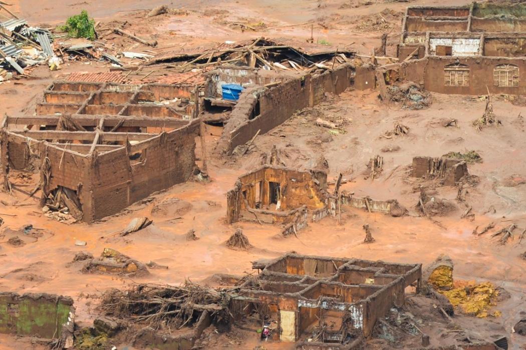 Parte afetada pela lama em Mariana, Minas Gerais. Crédito: Antonio Cruz/Agência Brasil