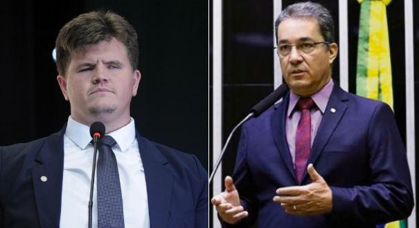 Felipe Rigoni e Ted Conti votaram a favor da reforma da Previdência. Crédito: Cleia Viana/Câmara dos Deputados