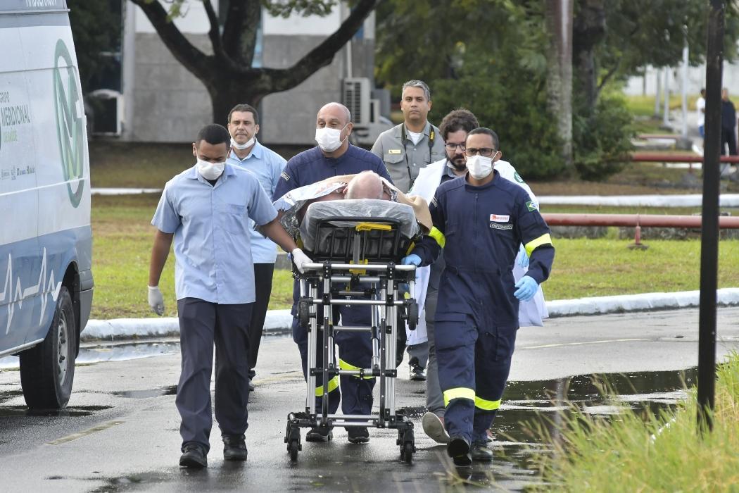 Resgate de tripulantes de navio na costa do Espírito Santo. Crédito: Bernardo Coutinho