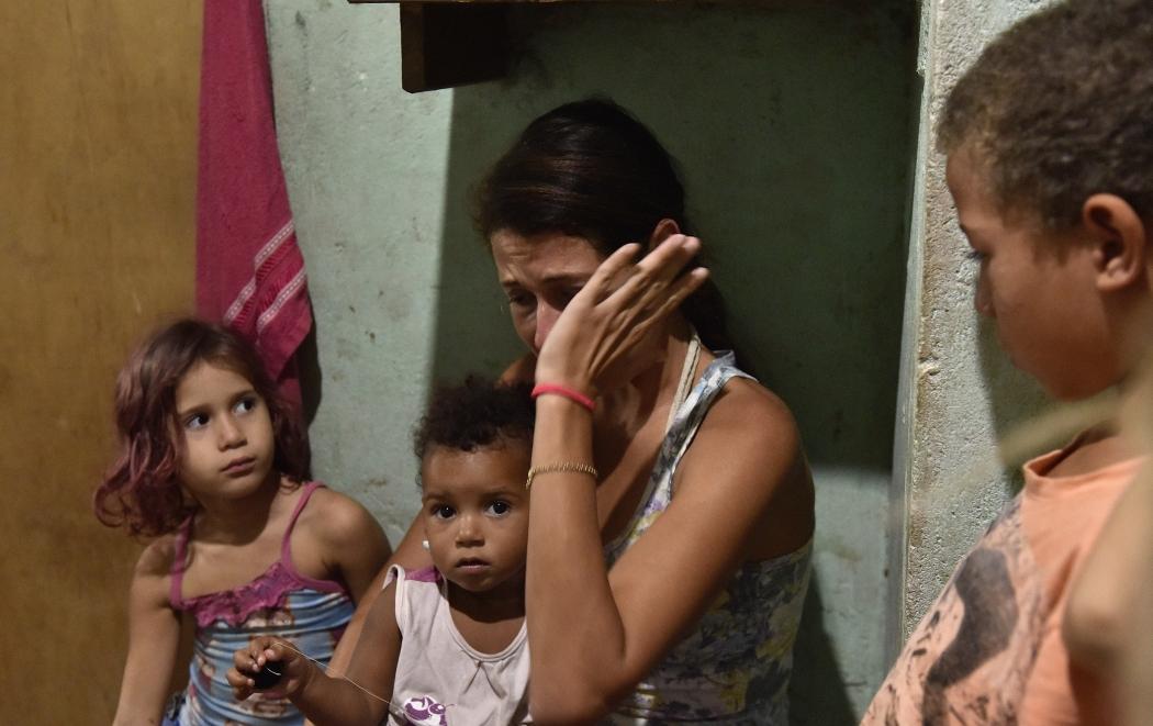 Família lida com a pobreza em Barramares, Vila Velha. Crédito:    Fernando Madeira