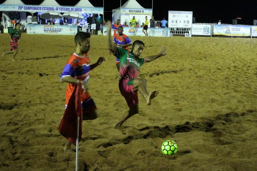 Vitória x Rio Novo do Sul pelo Estadual de Futebol de Areia. Crédito: FEBSES/Divulgação
