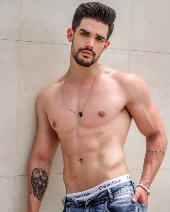 O modelo Eduardo Rodrigues. Crédito: MF Press Global/Divulgação
