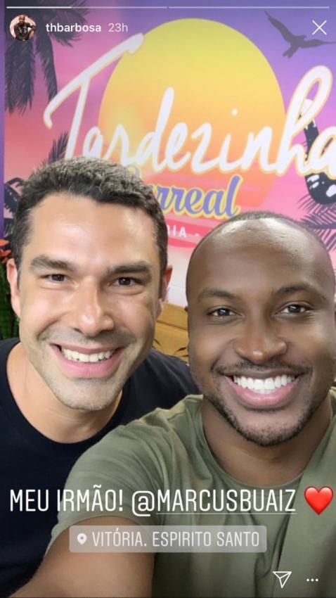 """Thiaguinho posta foto ao lado do empresário Marcus Buaiz e se declara: """"Irmão"""". Crédito: Reprodução/Instagram @thbarbosa"""