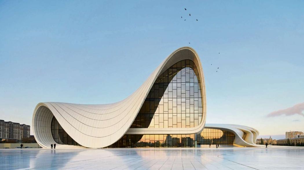 O Heydar Aliyev Center é um complexo de edifícios em Baku, no Azerbaijão, projetado pela arquiteta iraquiana e britânica Zaha Hadid. Crédito: Archdaily