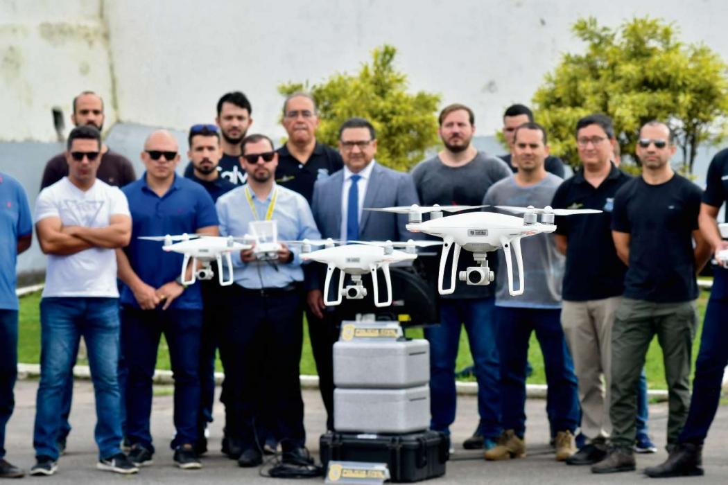 Polícia civil faz treinamento de drones que utilizará para operações . Crédito: Bernardo Coutinho