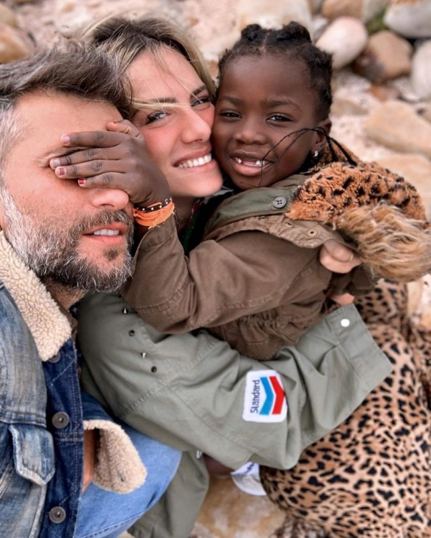 Bruno Gagliasso, Giovanna Ewbank e Titi: no Malawi, na África. Crédito: Reprodução/Instagram @gio_ewbank