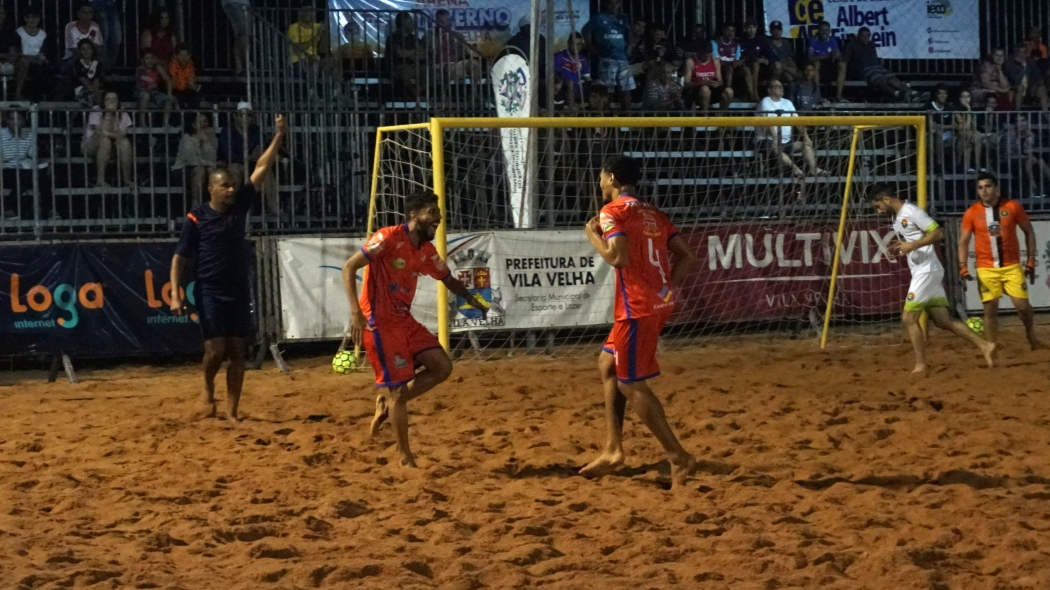 Vila Velha x Marechal Floriano pelo Estadual de Futebol de Areia. Crédito: FEBSES/Divulgação