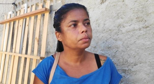A avó de Pyetra, a empregada doméstica Carla Pinto, disse que já havia encontrado lesões no corpo da neta em maio deste ano. Crédito: Isaac Ribeiro