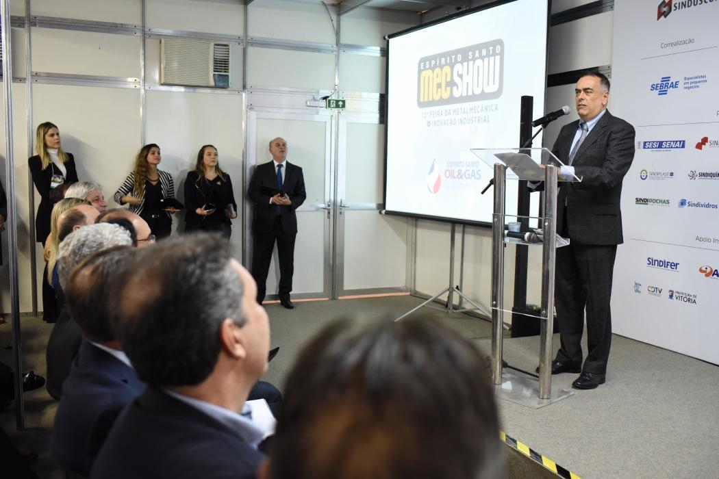 André Araujo participou da Mec Show nesta terça-feira (06), onde foi homenageado. Crédito: Thiers Turini - Divulgação