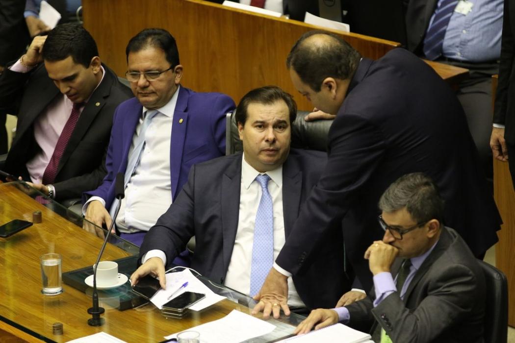 O presidente da Câmara dos Deputados, Rodrigo Maia,durante sessão que vai discutir e votar os oito destaques com sugestões de mudanças ao texto-base da proposta de emenda à Constituição da reforma da Previdência. Crédito: (Windows)