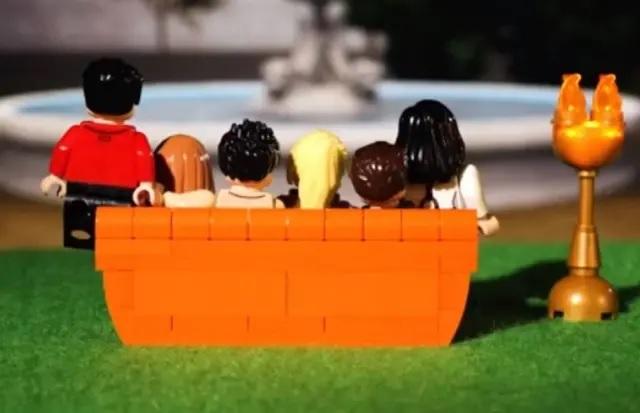 08/08/2019 - Coleção de Lego inspirada nos personagens de 'Friends'. Crédito: Instagram / @lego