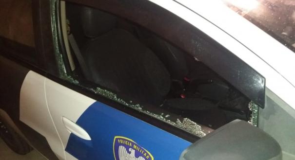 Criminosos tentam assaltar viatura da Polícia Militar em Pinheiros