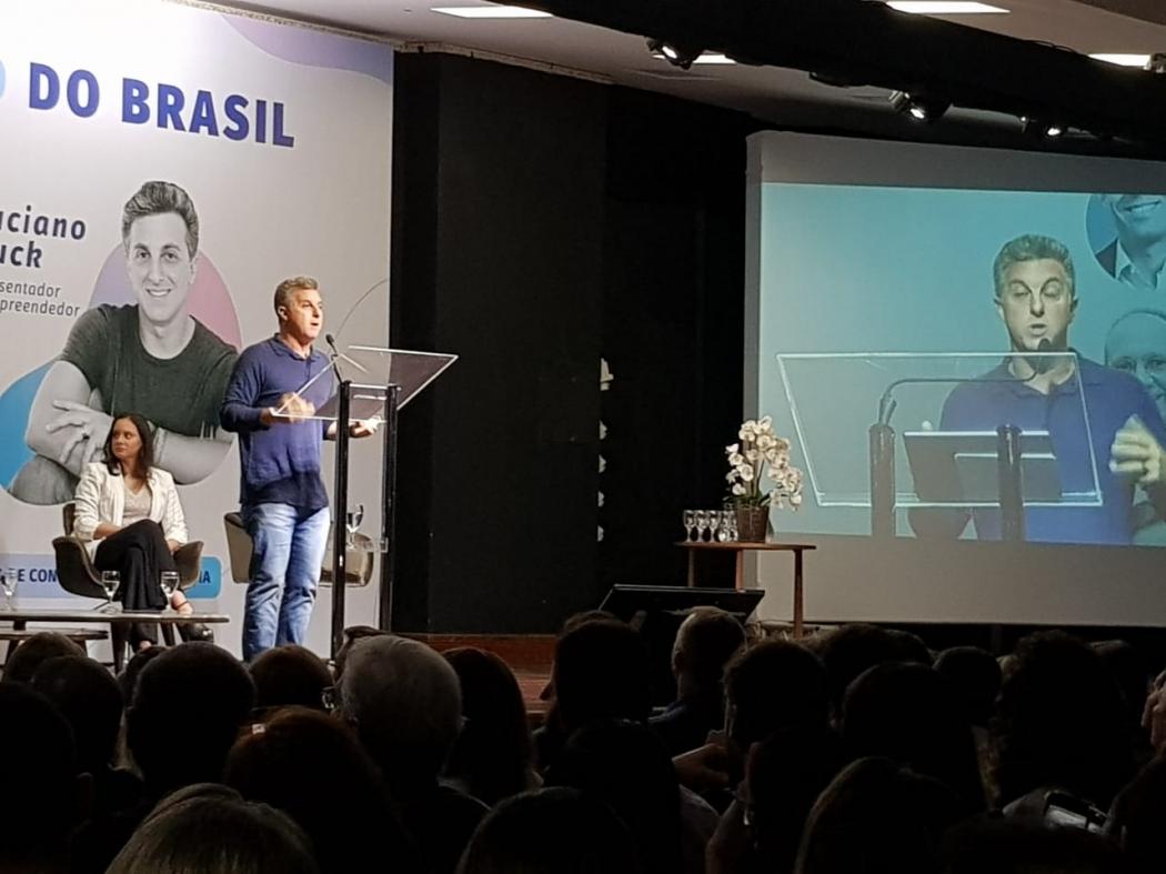 Luciano Huck em evento em Vila Velha. Crédito: Letícia Gonçalves