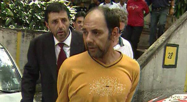 Maurício Hernández Norambuena (de blusa amarela), sequestrador do publicitário Washington Olivetto. Crédito: Reprodução | Tv Globo