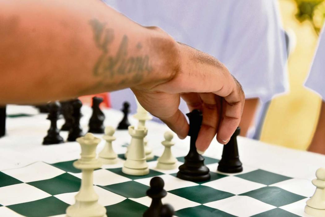 Presos do Complexo Penitenciário de Viana disputam torneio de xadrez com presidiários de outros países por meio da internet    . Crédito: Fernando Madeira