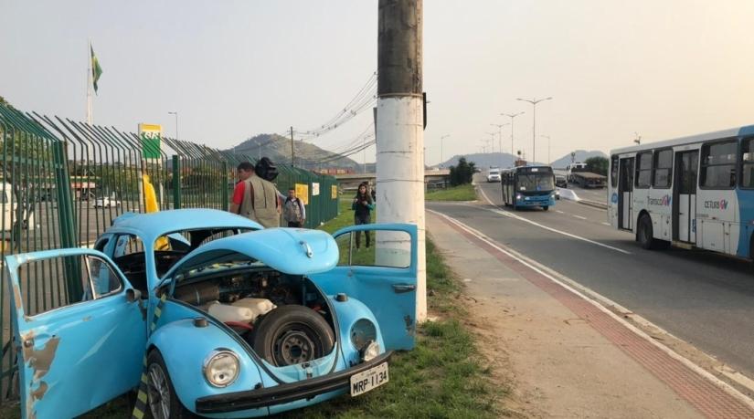 Acidente com furca na Rodovia Darly Santos