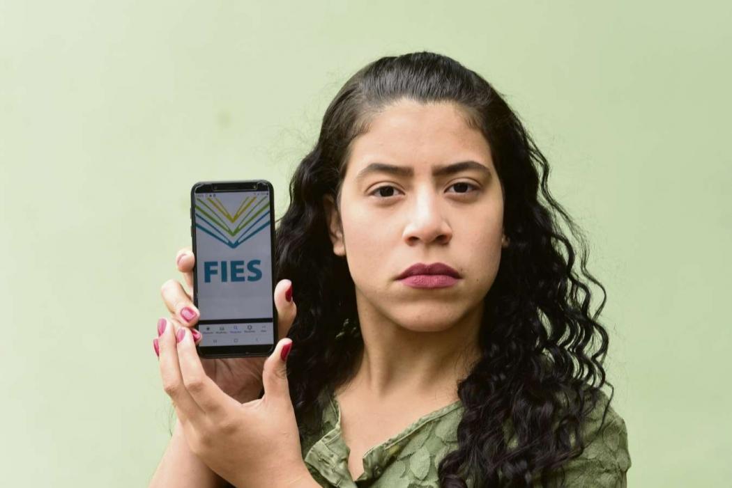 Jéssica Oliveira não conseguiu pagar o Fies após se formar . Crédito: Ricardo Medeiros