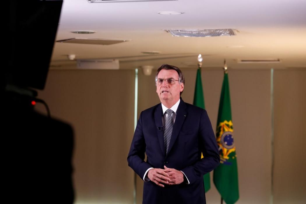O presidente Jair Bolsonaro durante gravação de pronunciamento na TV. Crédito: Agência Brasil