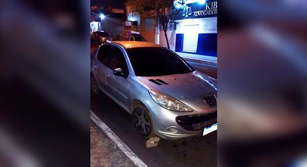 O carro do motorista foi encontrado durante no bairro Jardim Marilândia, em Vila Velha
