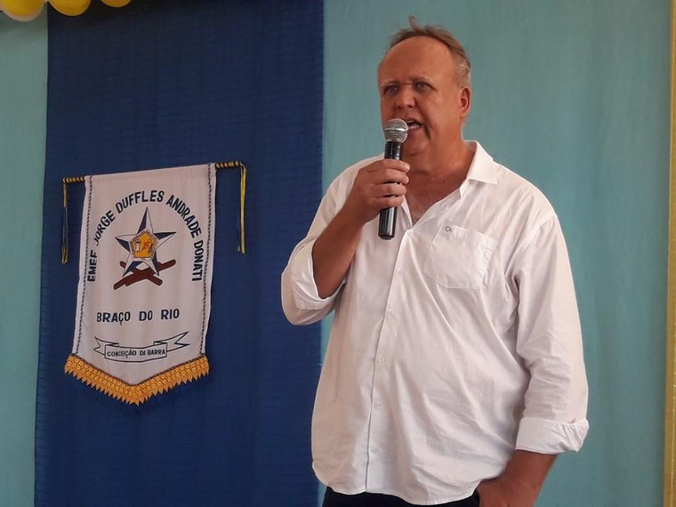 Francisco Bernhard Vervloet, o Chicão, prefeito de Conceição da Barra. Crédito: Facebook/Prefeitura de Conceição da Barra