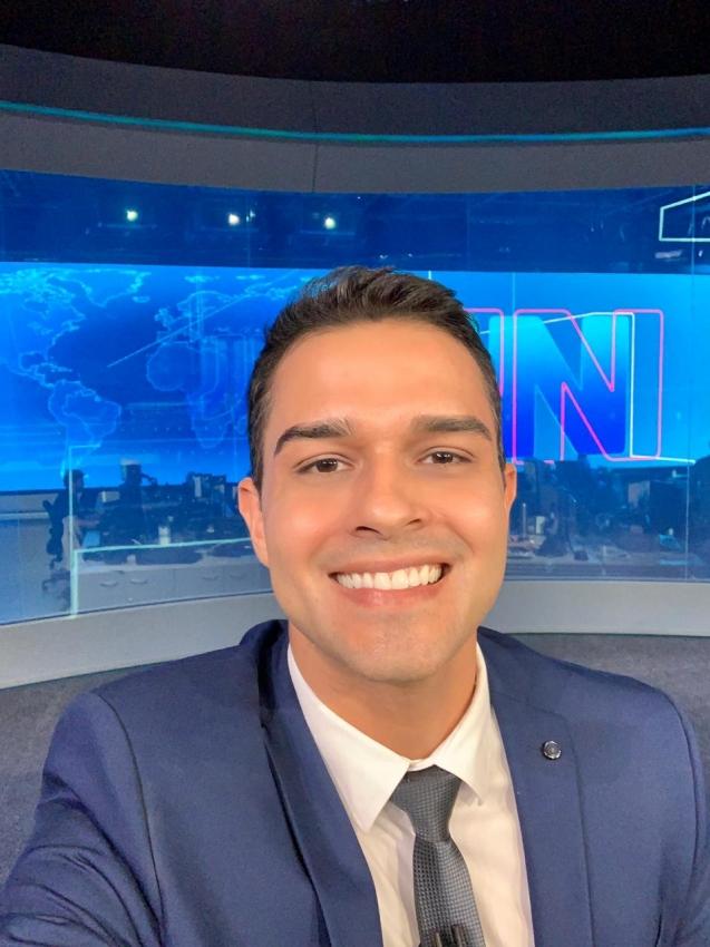 Philipe Lemos no estúdio do Jornal Nacional. Crédito: Philipe Lemos