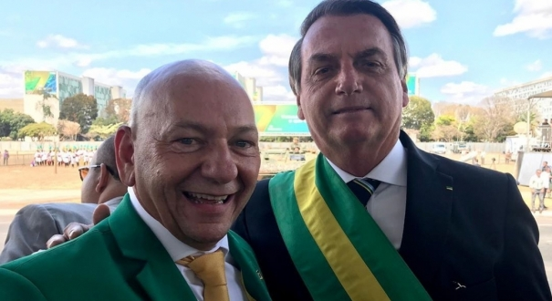 Luciano Hang e Jair Bolsonaro. Crédito: Instagram