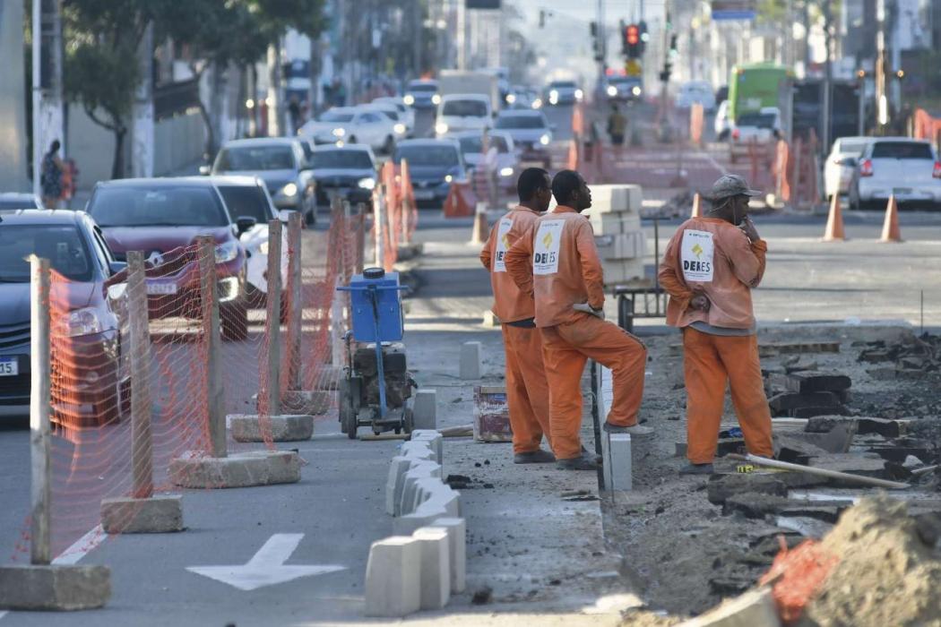 Avenida Leitão da Silva: até a conclusão das obras, prevista para novembro, novos trechos vão ser interditados. Crédito: Rodrigo Gavini