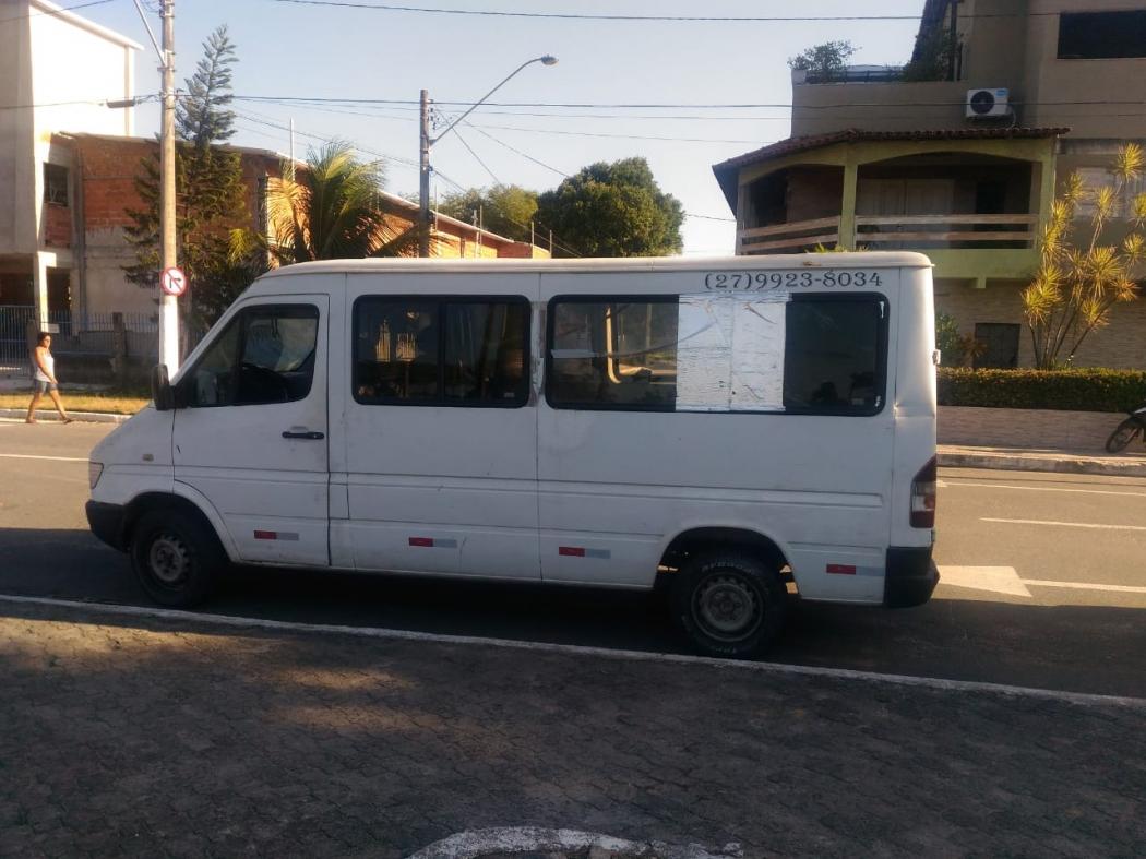 A van do time feminino do Vila Nova será reformada no quadro Lata Velha, do Caldeirão do Huck. Crédito: Murilo Cuzzuol
