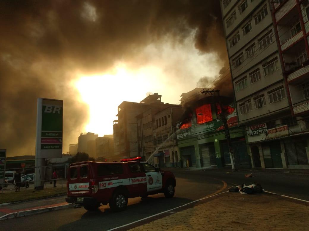 Incêndio na Vila Rubim, em Vitória. Crédito: Esthefany Mesquita