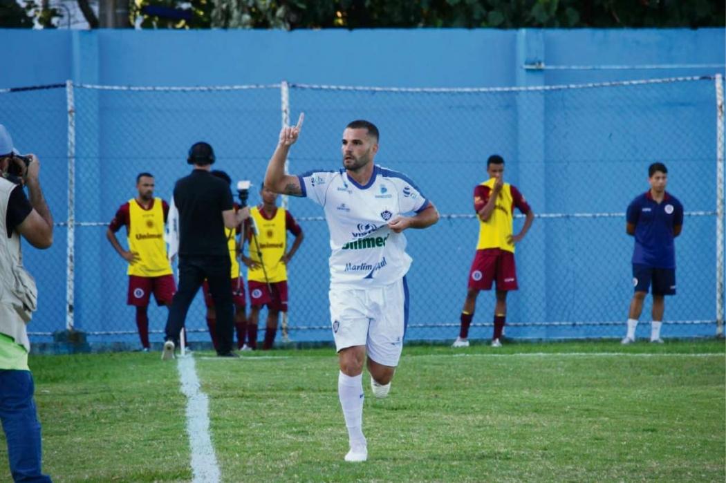 Thauan garantiu o triunfo do Vitória diante da Desportiva. Crédito: Alberto Borém/Vitória