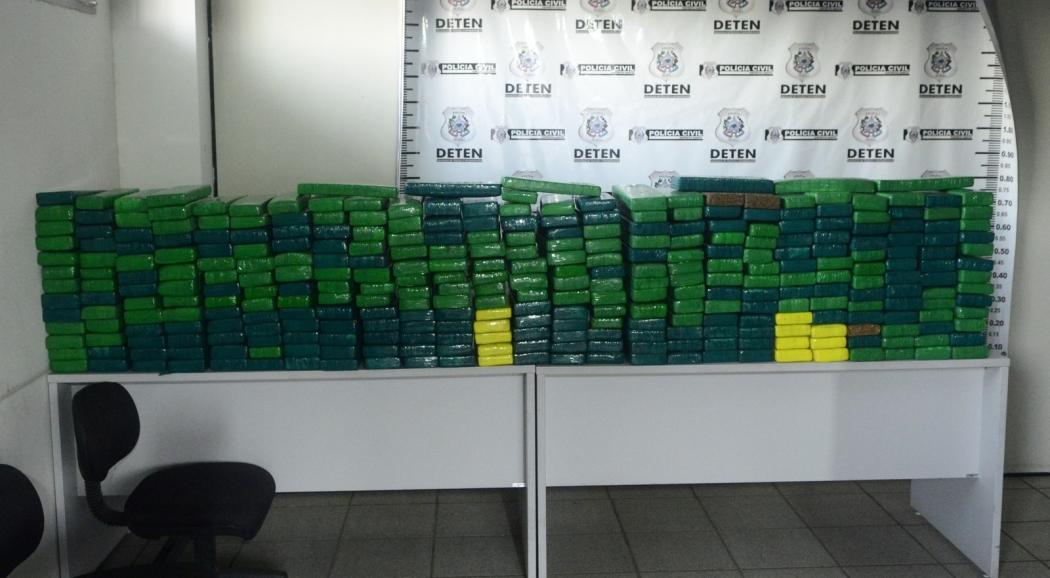 Policiais foram detidos com 350 kg de maconha no Espírito Santo . Crédito: Arquivo