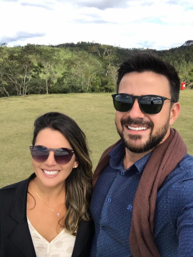 Rosi Barbosa o marido, Geovanni Cuzuol Ferreira, têm uma loja de roupas  . Crédito:  (Foto: Arquivo Pessoal)