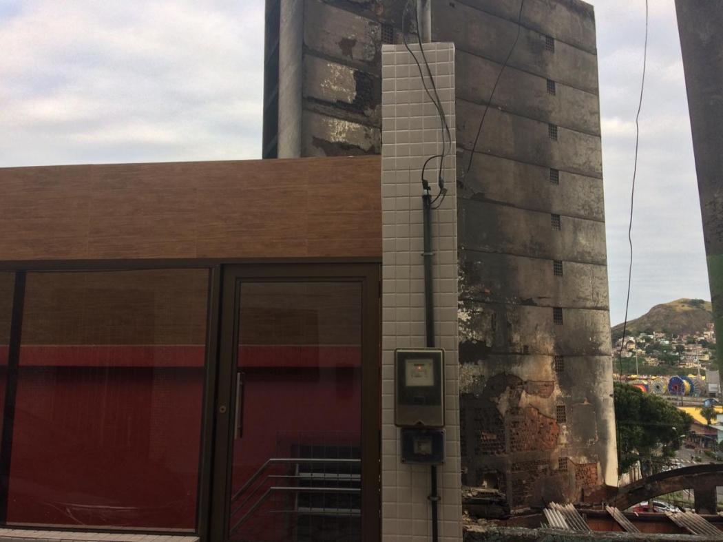 Casa de Davi Antônio da Silva fica no fundo da loja de couros onde aconteceu um incêndio na Vila Rubim. Crédito: José Renato Campos