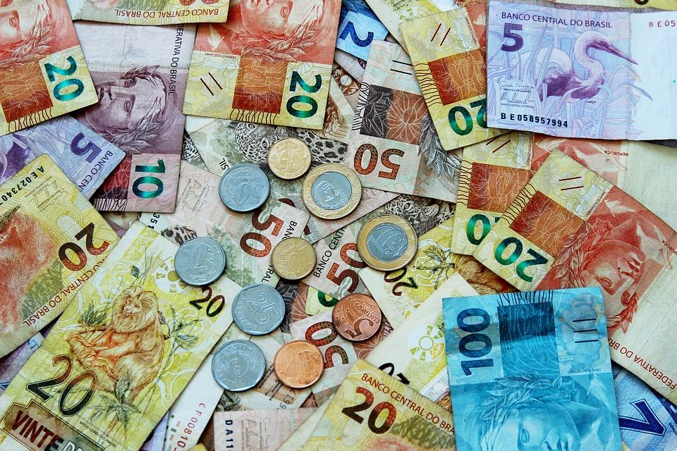 A correção de juros no estoque da dívida foi de R$ 41,37 bilhões no mês passado, quando houve emissão líquida de R$ 39,62 bilhões. Crédito: Pixabay