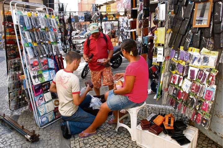 Vendedor de rua em Vitória. Crédito: Marcos Fernadez - Arquivo